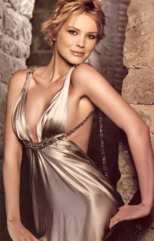 Hot TV Babe Of The Week:Samaire Armstrong | 天涯小筑