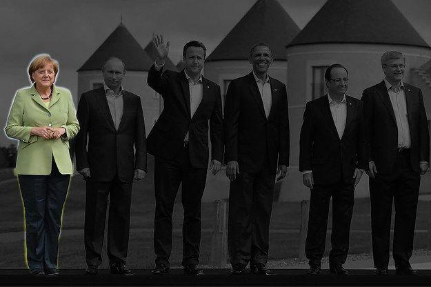 Angela Merkel, Vladimir Poutine, David Cameron, Barack Obama, François Hollande et Stephen Harper au G8 en Irlande du Nord (2013). | On a fait disparaître les hommes de photos officielles françaises