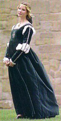 Bella Abita Gown - renaissance dress, medieval gown