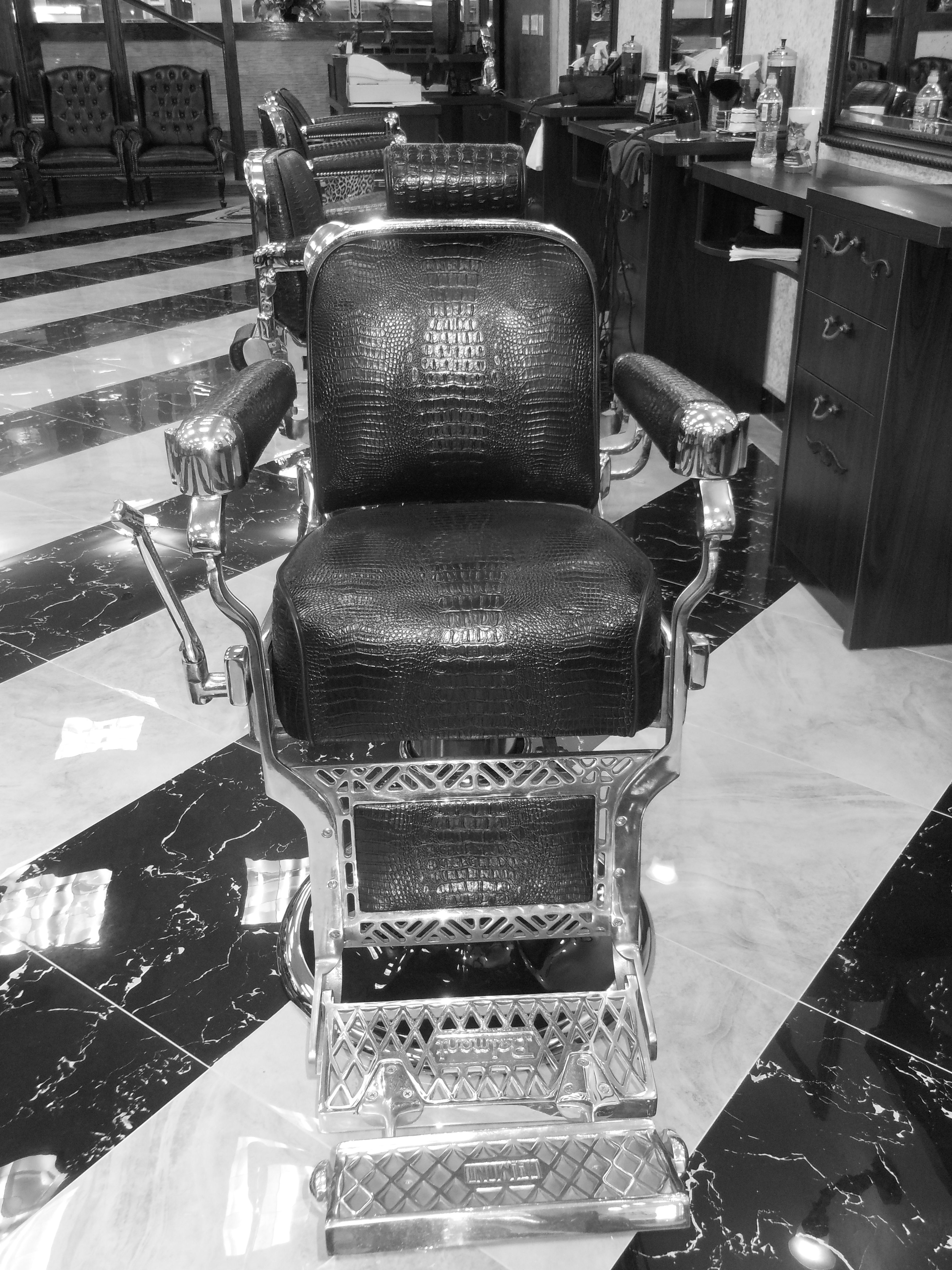 barberchair takara belmont nyc barbers tribeca fidi antique