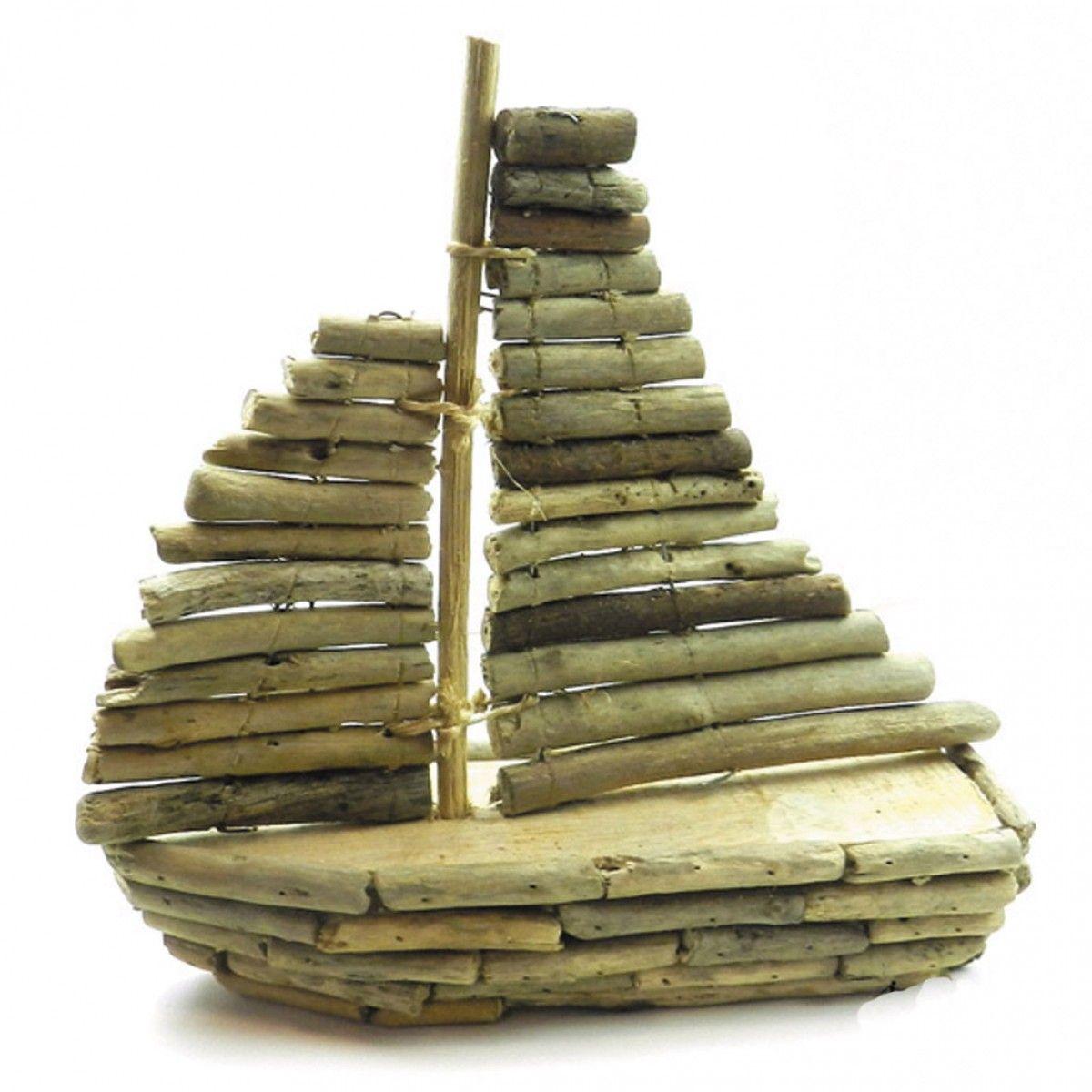 Bateau bois bois flott driftwood pinterest for Pinterest bois flotte