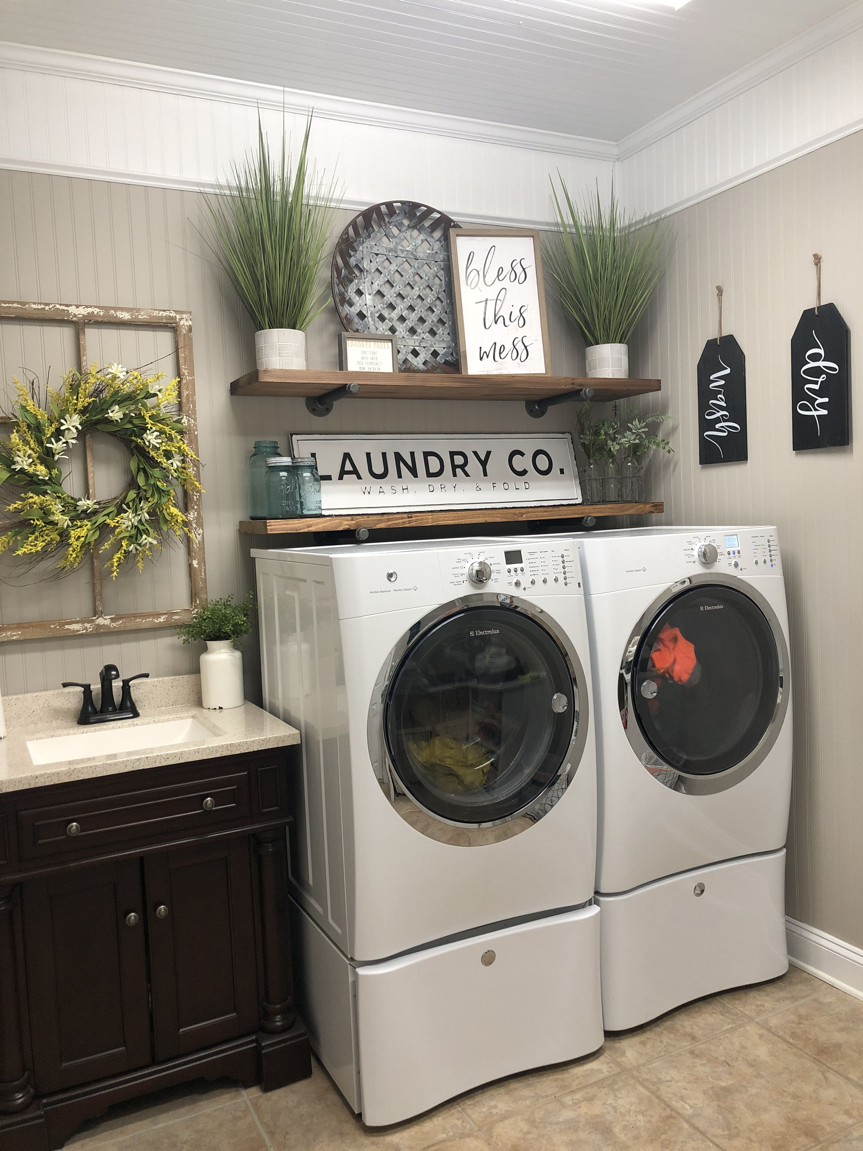 Modern Farmhouse Laundry Room 3piecebathroomremodel Modern Laundry Rooms Laundry Room Makeover Laundry Room Diy