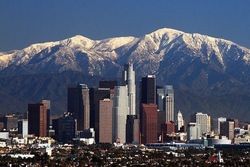 La Skyline Mountains Tall Buildings Los Angeles Skyline San Gabriel Mountains Los Angeles