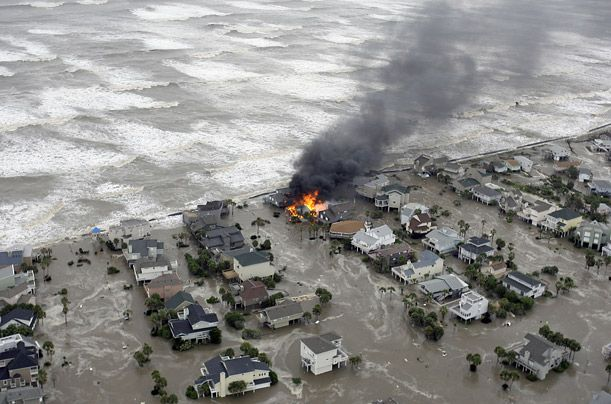 extreme natural disasters hefty hurricanes essay Acting deputy director general a natural hazard is a rare or extreme event in the natural natural disasters refer specifically to those events in.