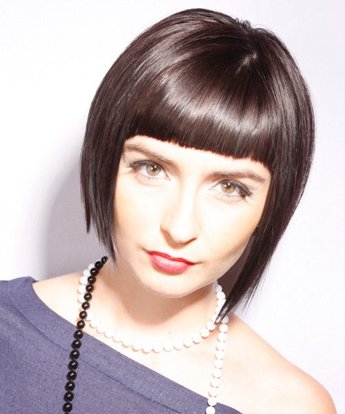 Short Straight Alternative Layered Bob Hairstyle With Blunt Cut