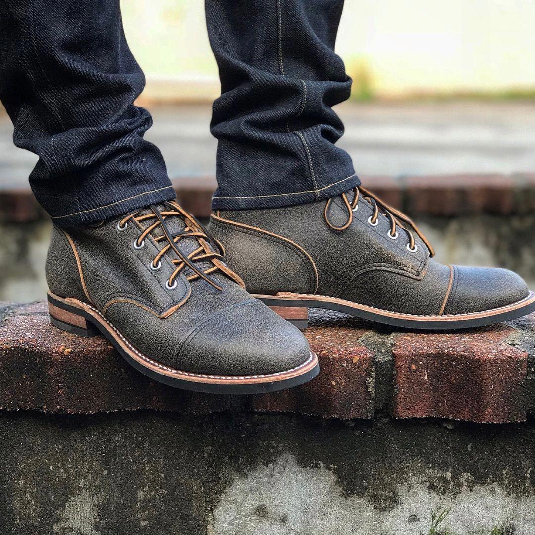 Mens casual dress shoes