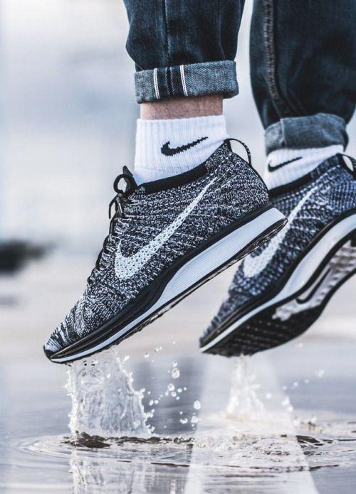 SneakersCartel Nike Flyknit 2.0' Racer 'Oreo 2.0' Flyknit 2018 (by 9e503d