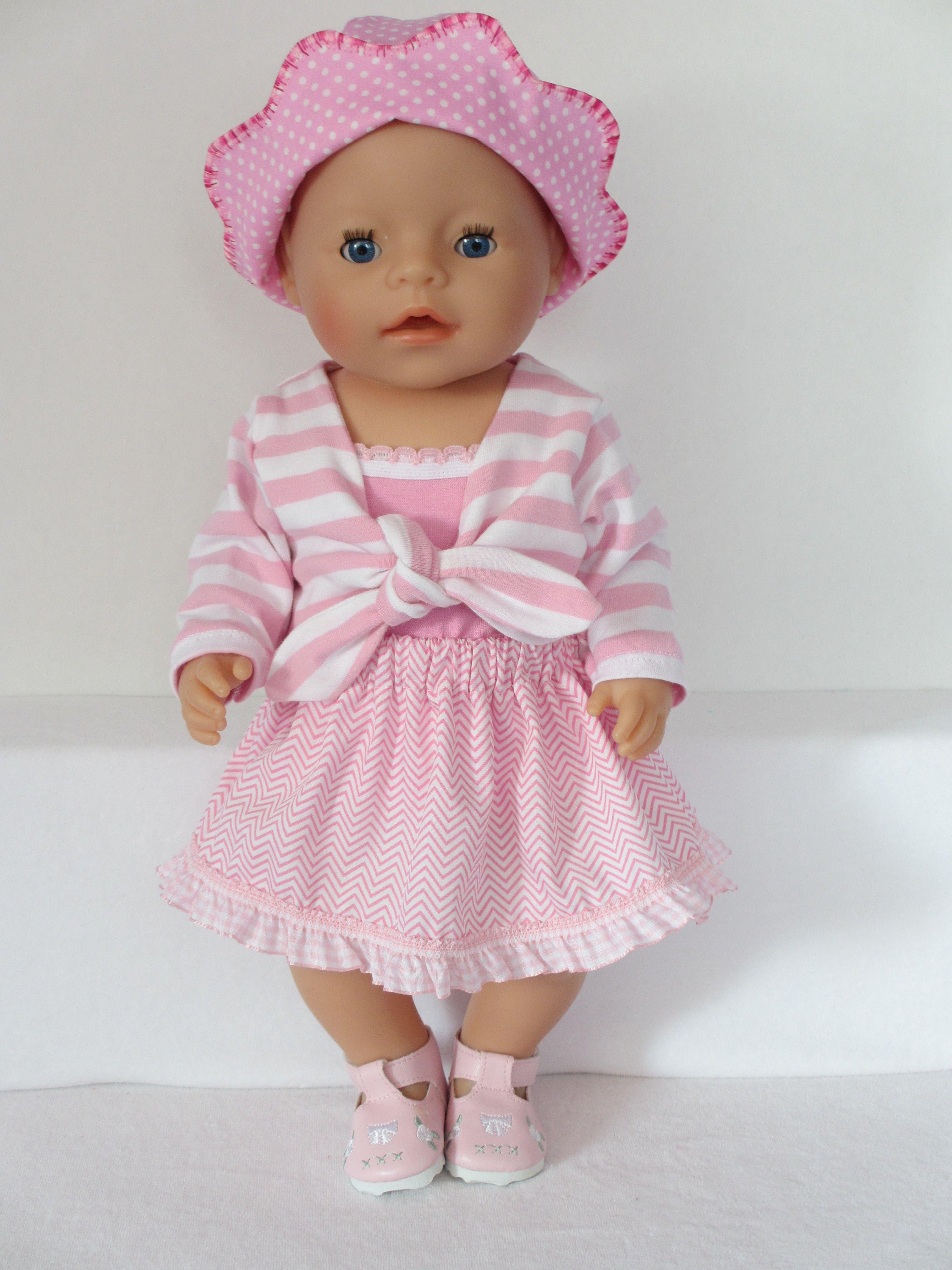 Voor Baby Born Girl Een roze met wit setje Kijk voor meer leuke