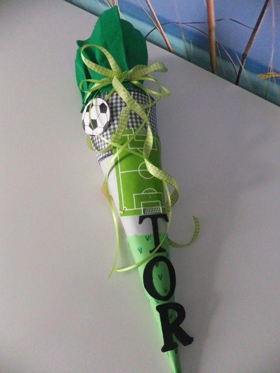 kleine Schultüte für Fussballfan