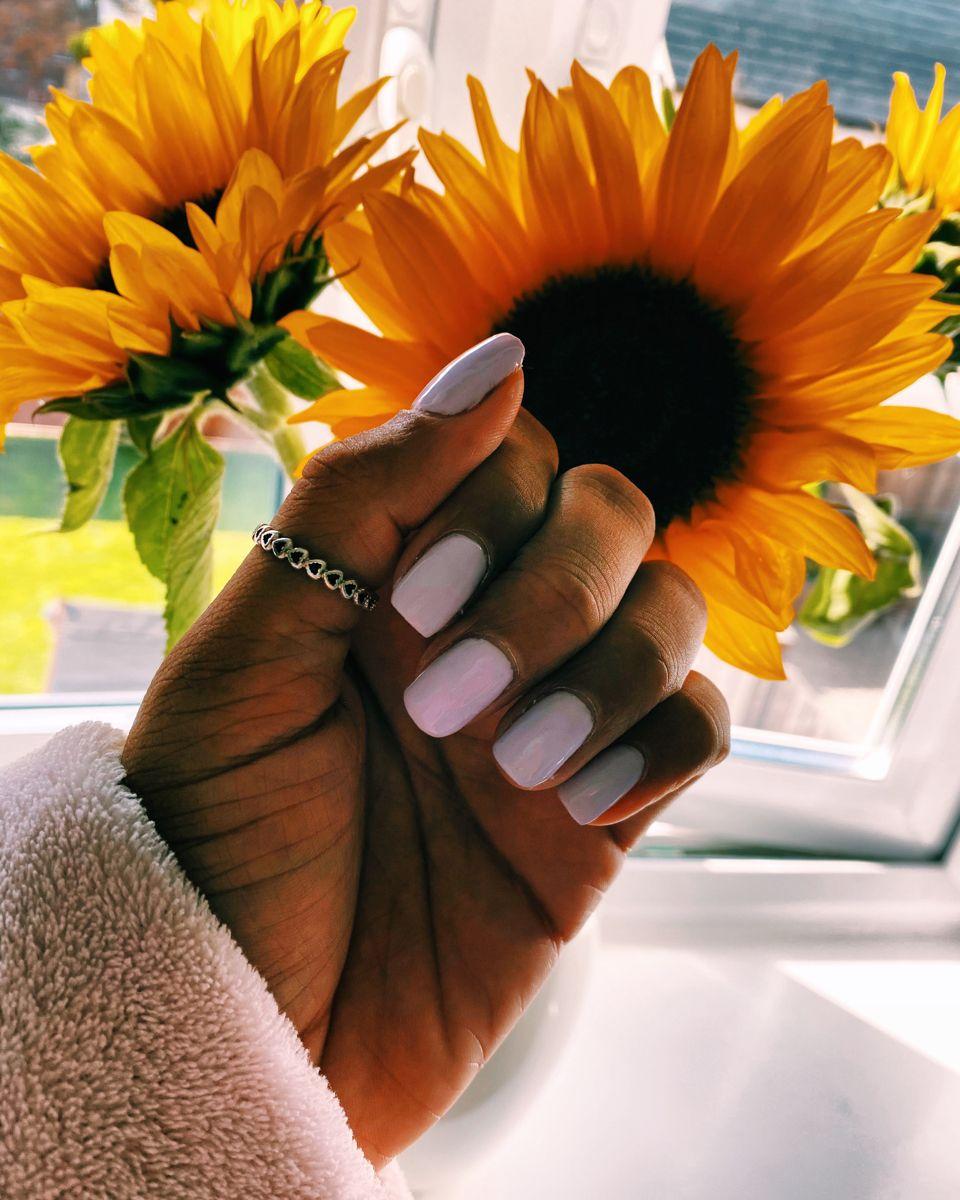 #jelnails #nailsofinstagram #nailart #sunflower #purplenails #lightpurple #thumbrings #naildesigns #nailideastrends #nailsideas #slayer #slaylifestyle