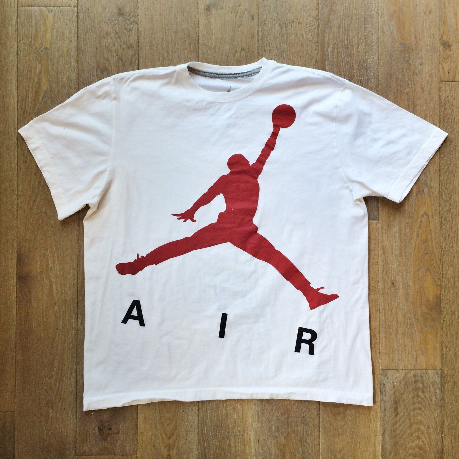 43b7fbc6d9c4a4 90s Air Jordan t shirts NBA Chicago Bulls - Michael Jordan Nike T-Shirt -