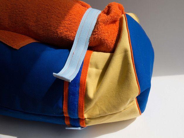 Yoga Strand Sport Tasche im Rollbag-Stil mit Klettverschlussträgern ...