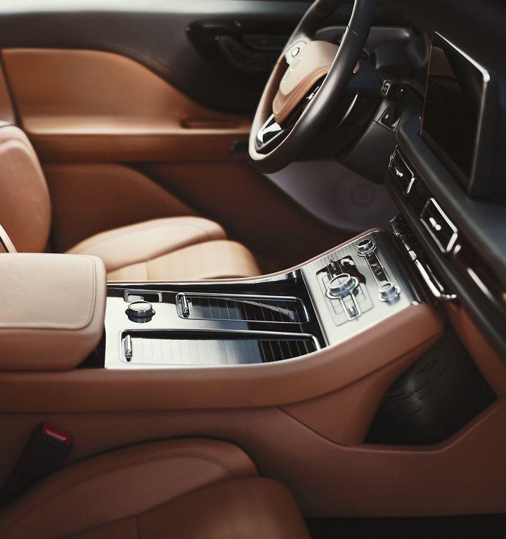 The AllNew 2020 Lincoln® Aviator Midsize Luxury SUV