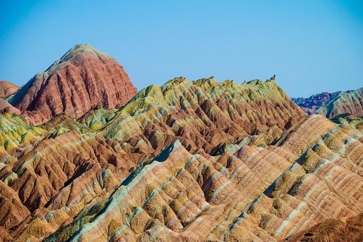 Цветные горы Чжанъе Данься, Китай | Удивительный мир | 488x730