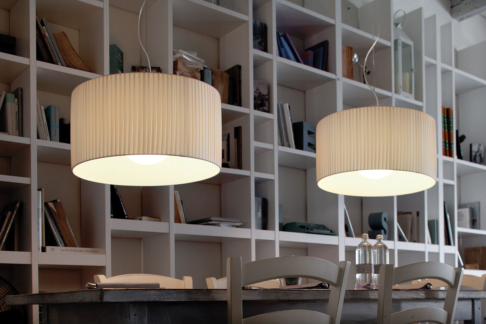 Plafoniere Moderne Per Sala : Risultati immagini per lampade a sospensione tavolo pranzo