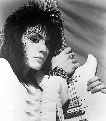 Nude Photos Of Joan Jett The Ladies of Rock Rule! Bif Naked,Joan - kleine k amp uuml che l form