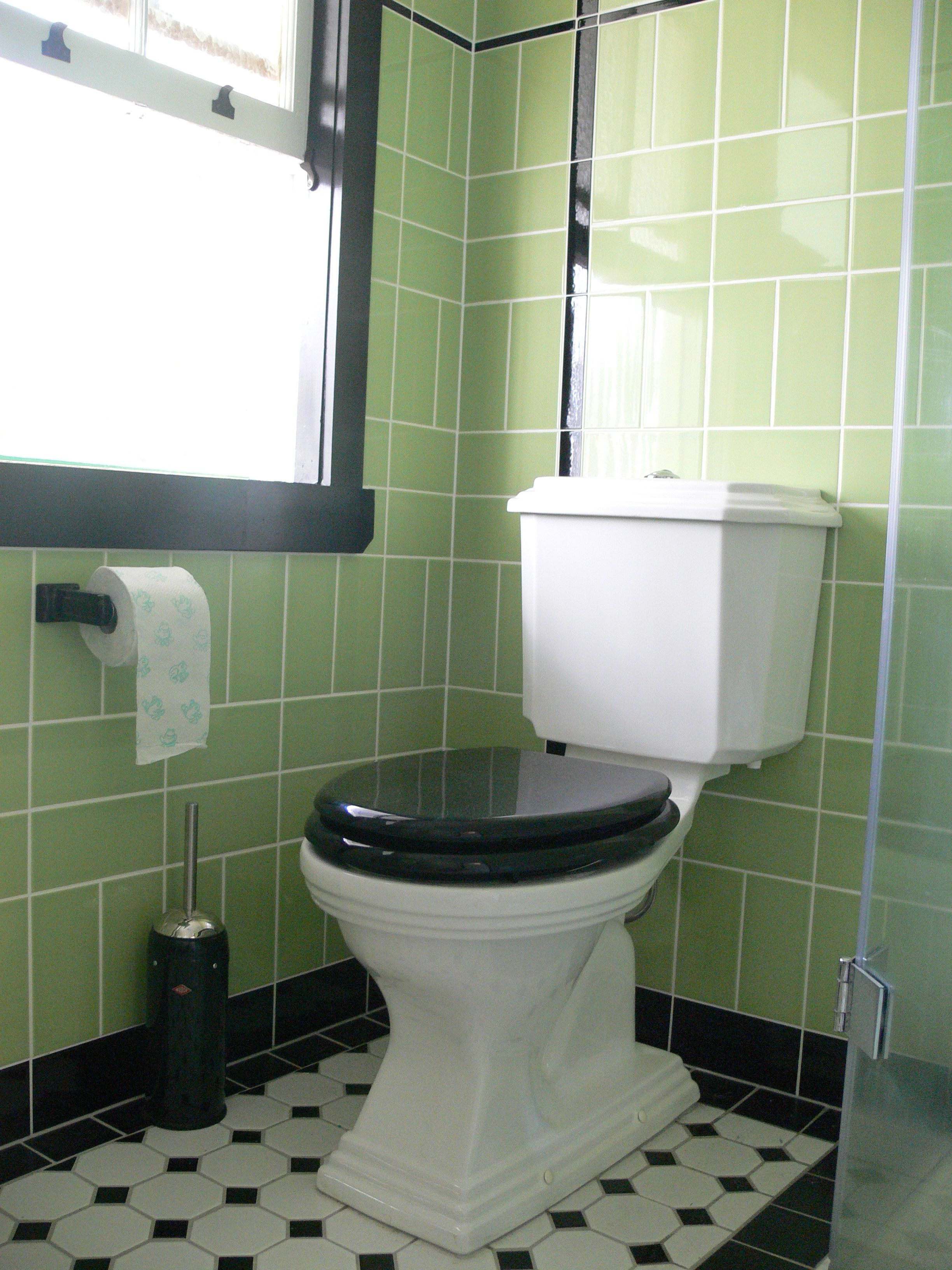Art Deco Bathroom: Art Deco Toilet In Our Ensuite Bathroom