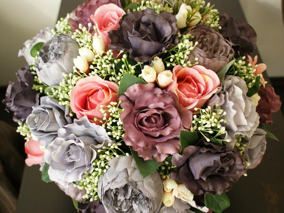Detalii Paris Je t'aime! #valentinesday #dragobete #iubire #Paris #aranjament #flori #artificiale #floriartificiale #decoratiuni #cadou #unicat #flowerstagram www.beatrixart.ro