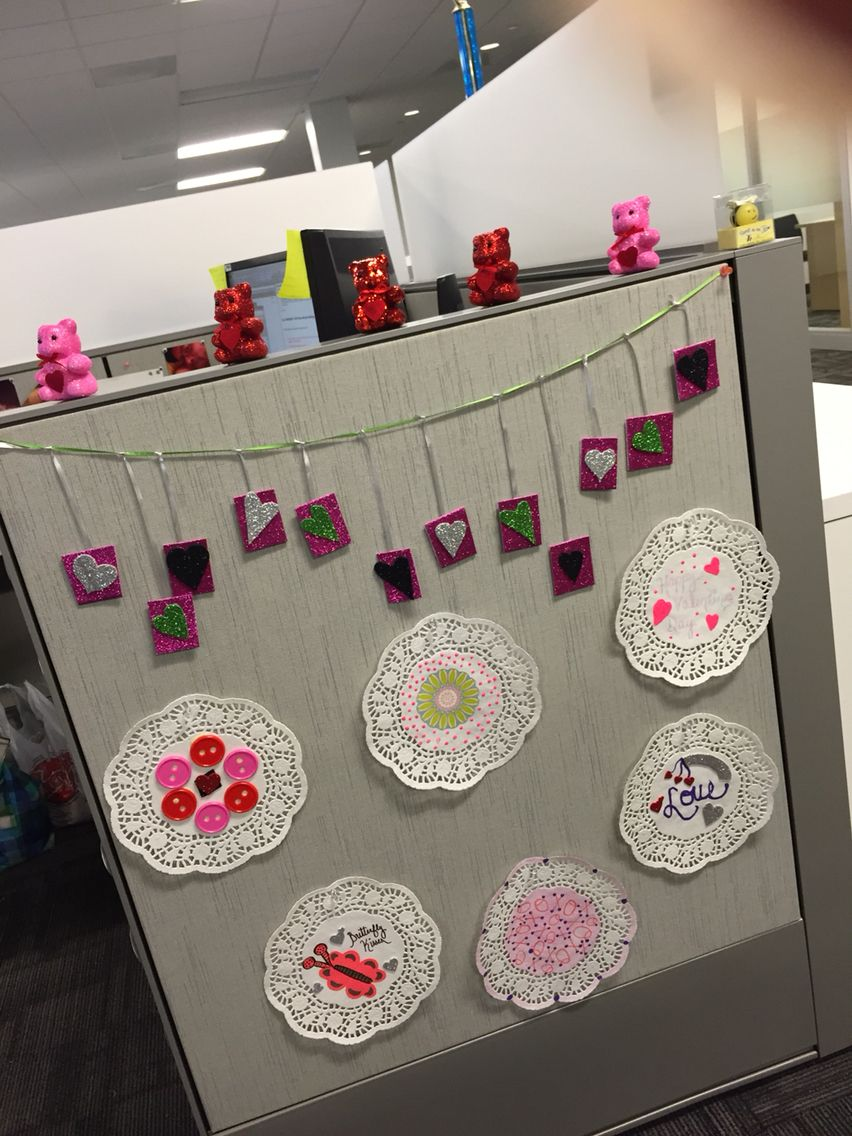 Valentines Day Decorations I Made For My Cubicle Mission