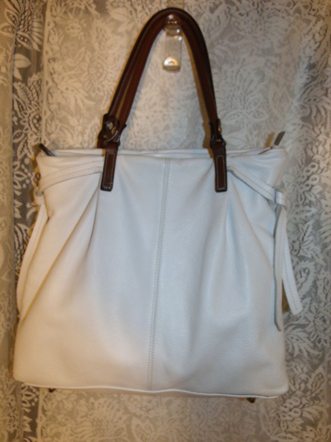 Innue Italian Leather White Tote Styled Purse Shoulder Handbag Vintage By Thingstakewings On Etsy