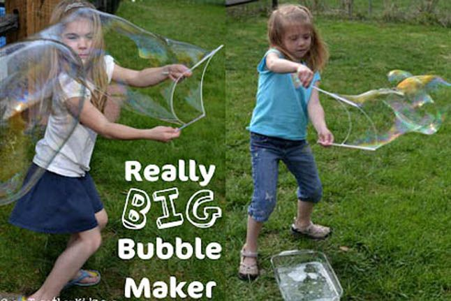 Use straws and string to make big bubbles