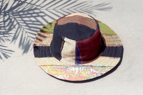 剛剛逛 Pinkoi,看到這個推薦給你:民族風拼接手織棉麻帽 / 漁夫帽 / 遮陽帽 / 草帽  - 水彩色手織棉麻拼布 ( 限量一件 ) - https://www.pinkoi.com/product/TpGgyjzY