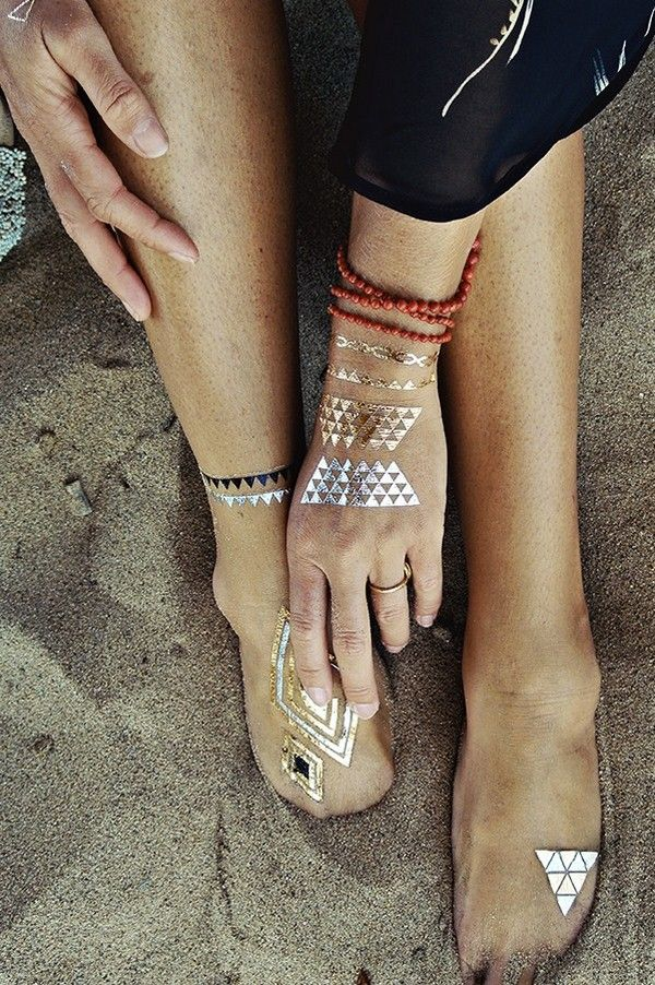 Summer trend: Sexy golden temporary tattoos #tattoo #summer #sexy #golden