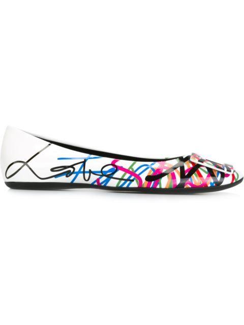 ROGER VIVIER 'Gommette' Ballerinas. #rogervivier #shoes #flats