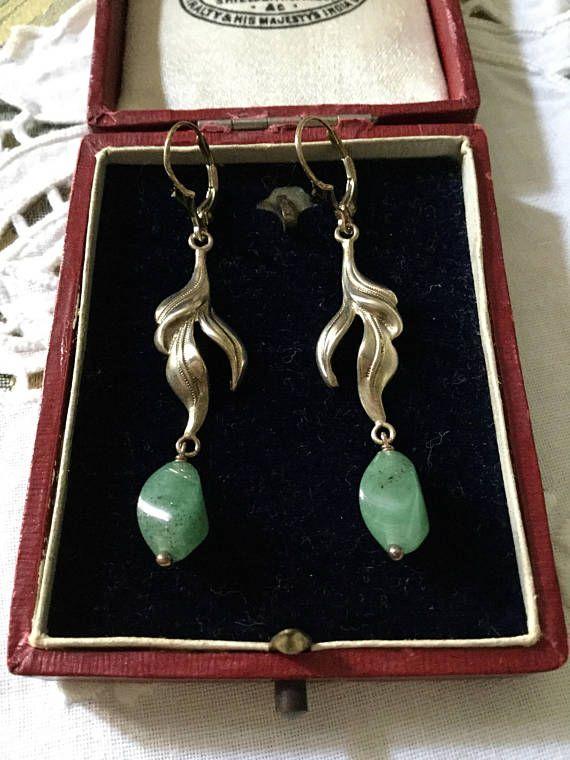 Art Deco LONG JADE STERLING Earrings - Design vintage- Creator , hand made - Sterling silver- Genuine stone-Fleur de lis- Very Nice!