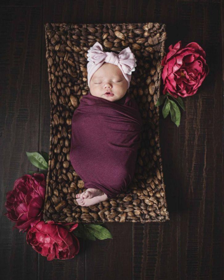 50+ Cute Newborn Photos for Baby Girl Ideas