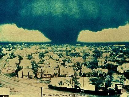 Wichita Falls Giant Tornado April 10 1979 General Article