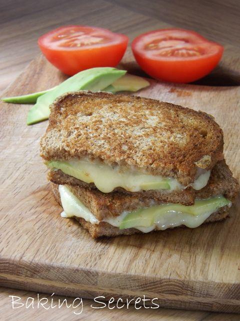 Vegetarian hot sandwich