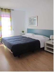 €130/€110 for a family room including breakfast
