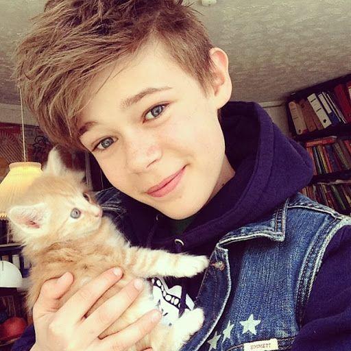 Benjamin Lasnier and Cat
