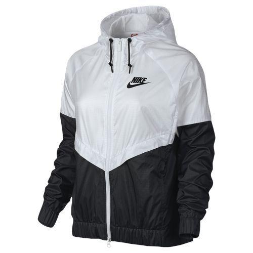 convergencia torre Arriba  Nike NSW Windrunner Jacket - Women's   Nike rain jacket, Black and white  nikes, Nike windbreaker