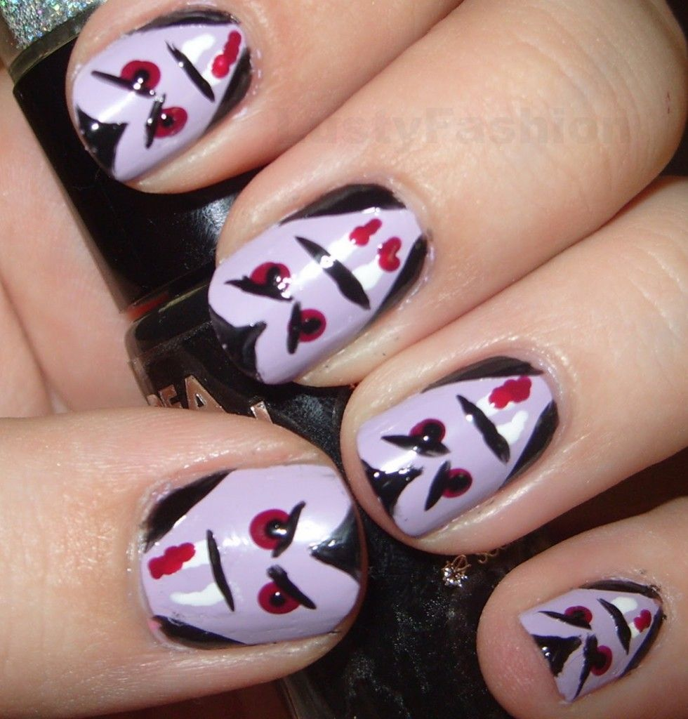 Halloween vampire nails nailed it pinterest halloween creative and easy halloween nail art designs lustyfashion prinsesfo Gallery