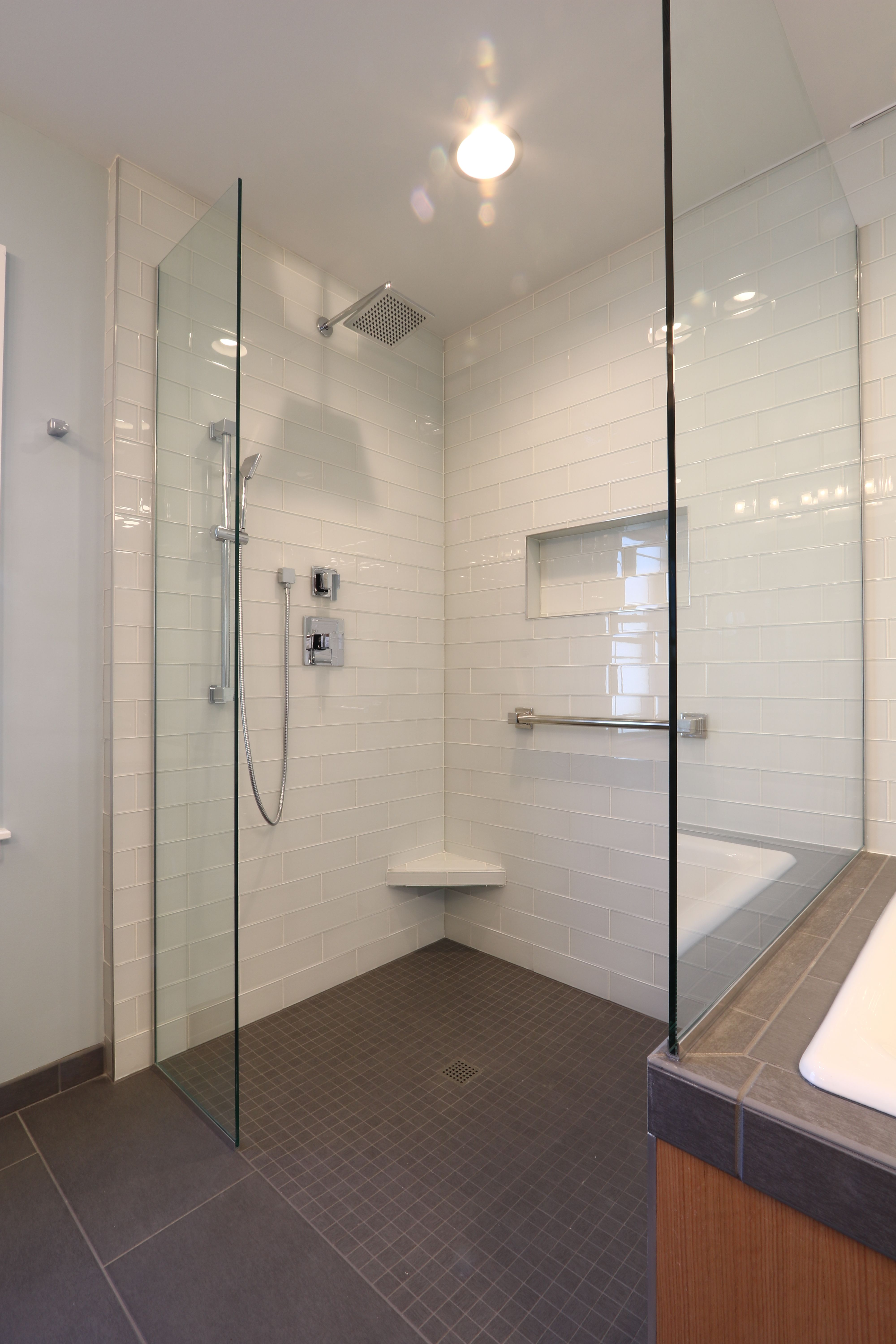 Roll in shower white glass subway tiles recessed niche handheld roll in shower white glass subway tiles recessed niche handheld shower and clear dailygadgetfo Gallery