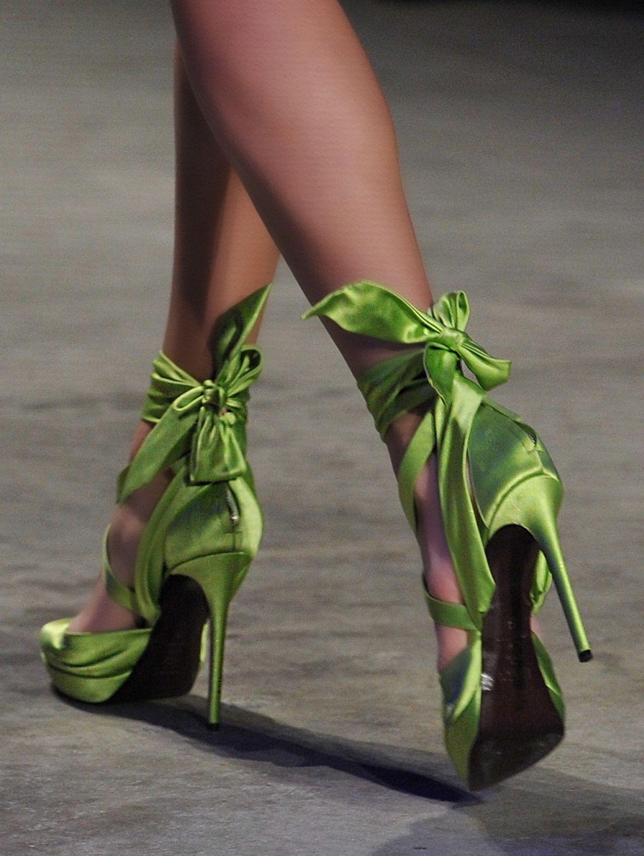 Pin by Kathya on * ` rita j. skeeter . Heels, High heel