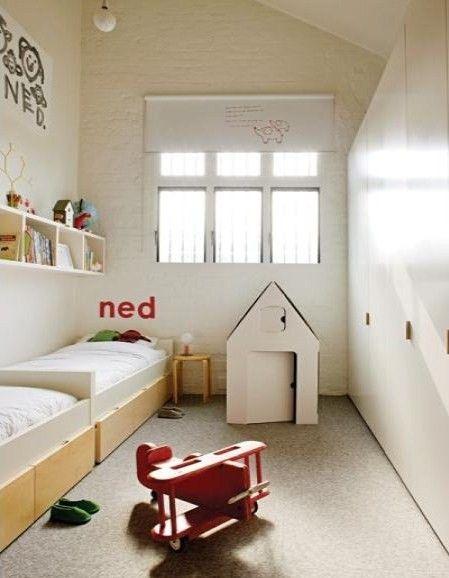 Ambientes que inspiran una habitaci n alargada for Habitacion pequena nina