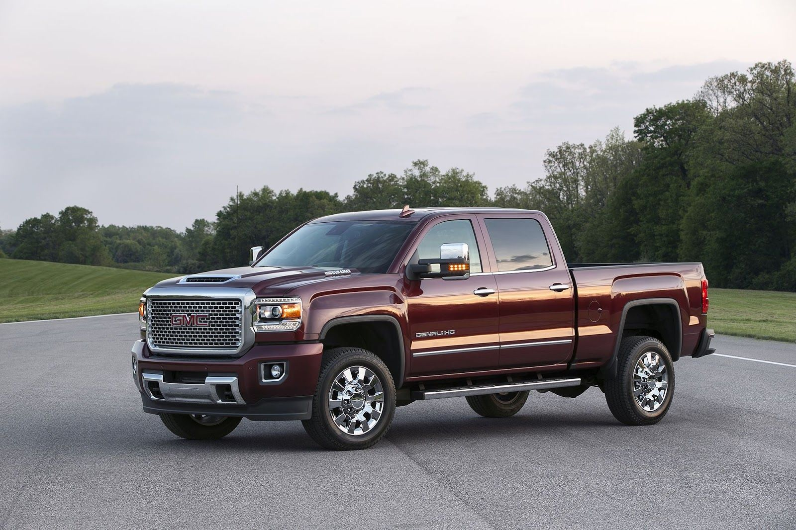 2017 Gmc Sierra Hd Receives Gm S New 445 Hp Duramax Diesel V8