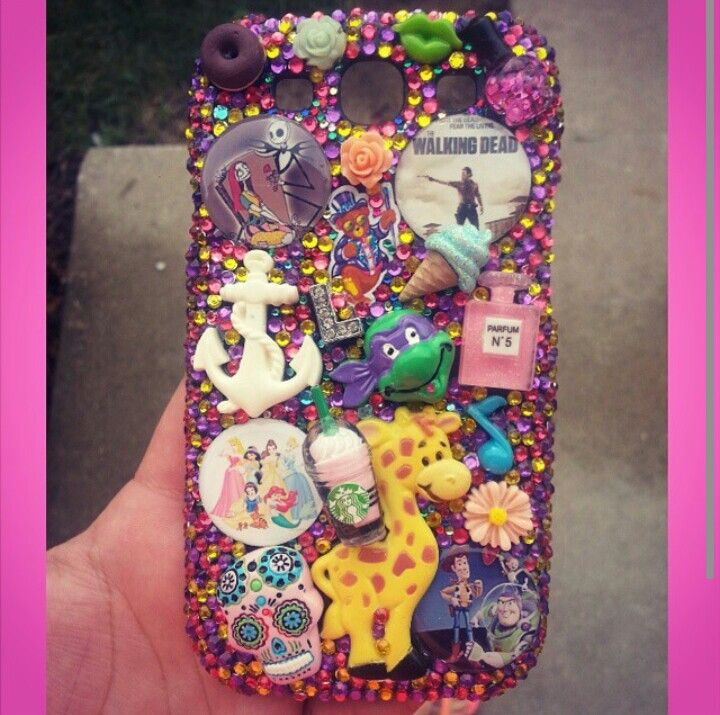 Custom bling phone case!  Search for Paiges Infinite Bling on facebook, instagram, and etsy!