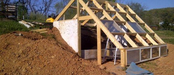 earth sheltered greenhouse hugelkultur integration - Earth Sheltered Greenhouse Plans