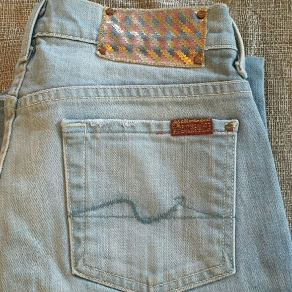 JUST REDUCED 7FAMK  FLIP FLOP DENIM PRE-OWNED, VERY GENTLY USED! IF YOU HAVE ANY ADDITIONAL QUESTIONS, PLEASE ASK BEFORE YOU PURCHASE! THANK YOU ☺ Seven7 Jeans Boot Cut