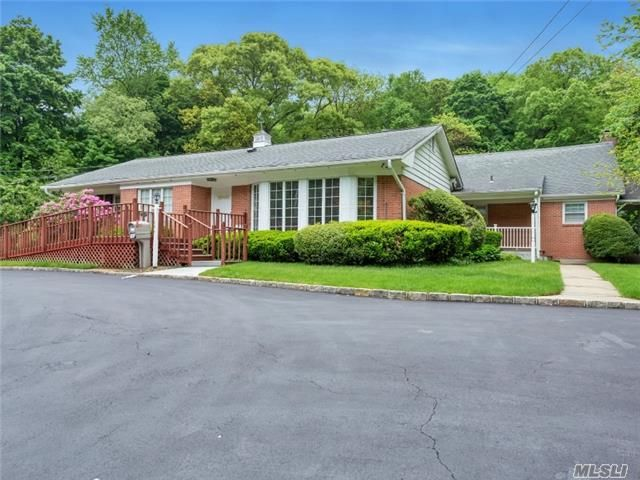 634 Park Ave, Huntington 11743, 4 Bedrooms 2 Full and 2 Half Baths ...