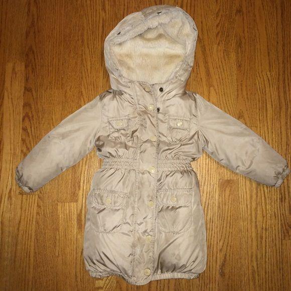 9772c663efb2 Girls 4T GAP Winter Coat EUC!!! Keeps the baby s bum warm too since ...