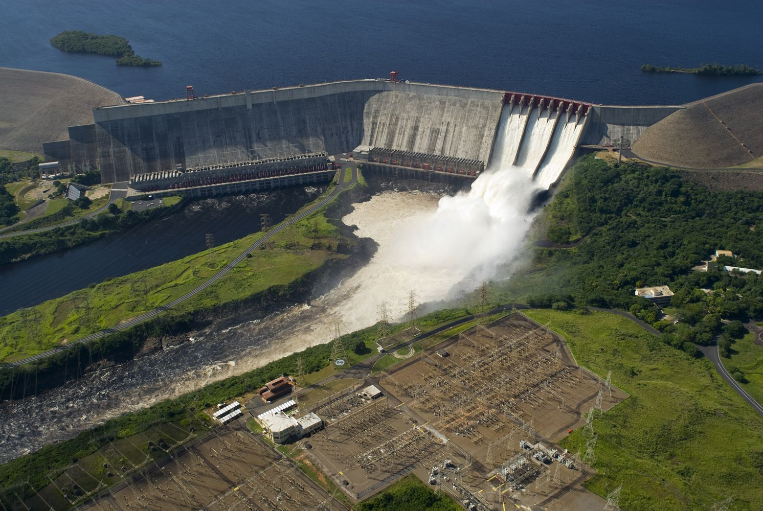 The Guri Dam is a concrete gravity and embankment dam in Bolívar State, Venezuela on the Caroni River. Its official name is Central Hidroeléctrica Simón Bolívar. It is 7,426 metres long and 162 m high.