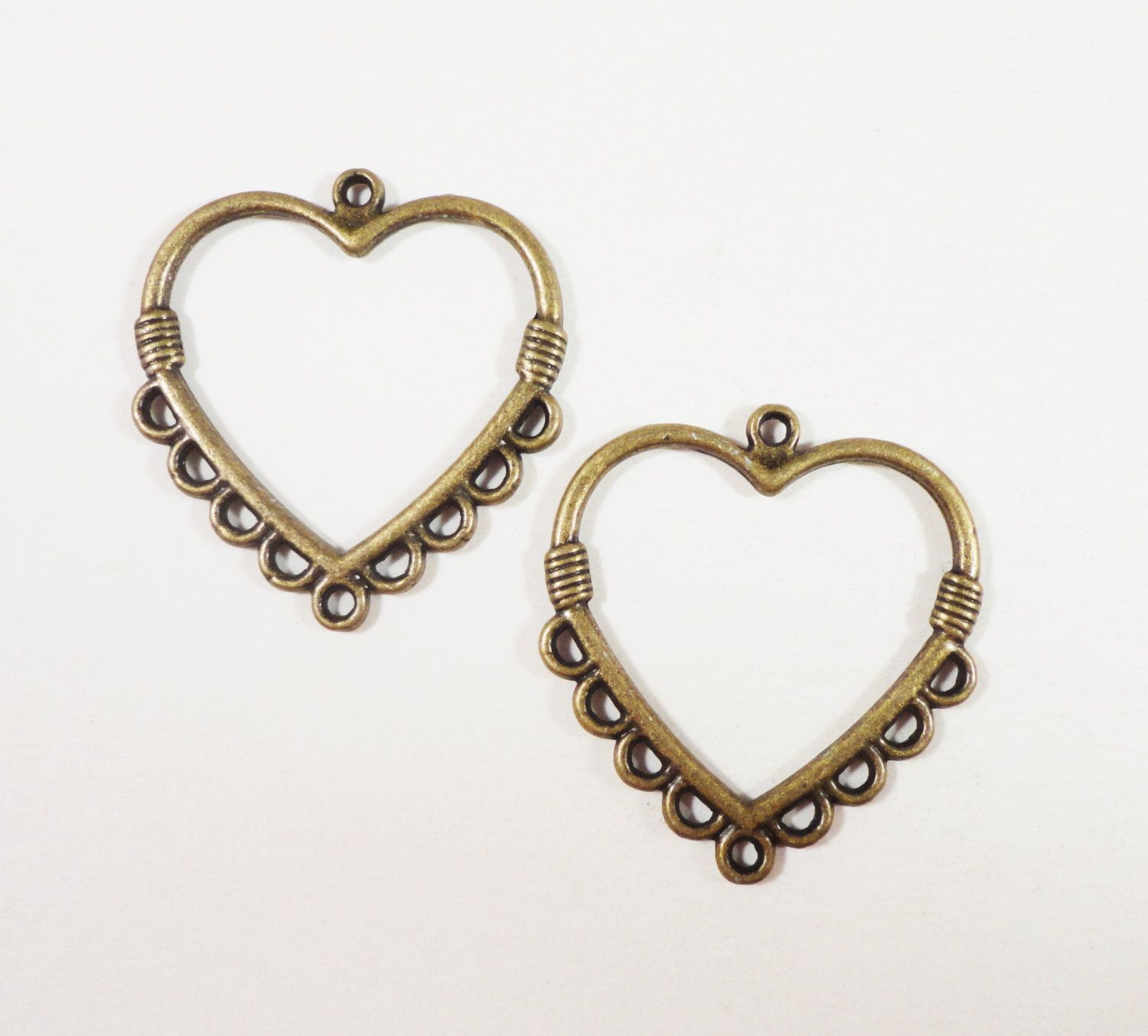 Bronze heart earring findings 28x25mm antique brass heart connector bronze heart earring findings 28x25mm antique brass heart connector pendants 9 to 1 chandelier earring connectors earring parts 6pcs arubaitofo Image collections