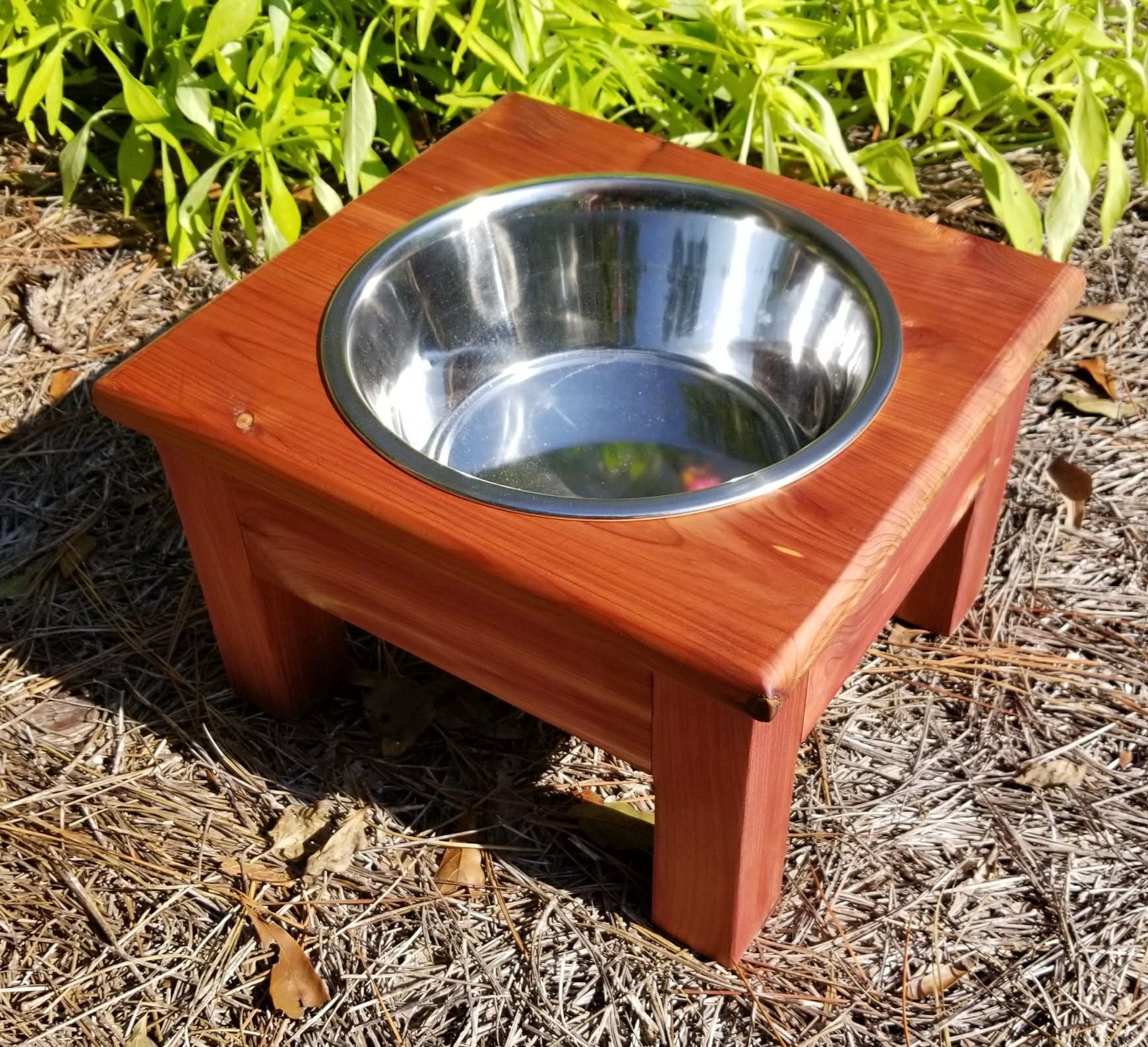 Medium Elevated Dog Bowl, Cedar, Elevated Pet Feeder, 1 Bowl Feeder,One Bowl Dog Feeder,Personalized Dog Feeder,Pet Feeder,Raised Dog Feeder