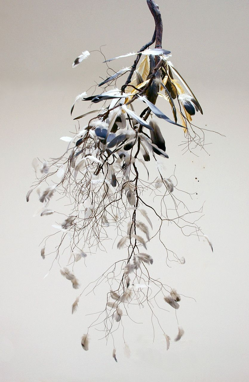 Detail of Sueño al amparo de la noche 2010 Paper, wire, acrylics, feathers and fabric