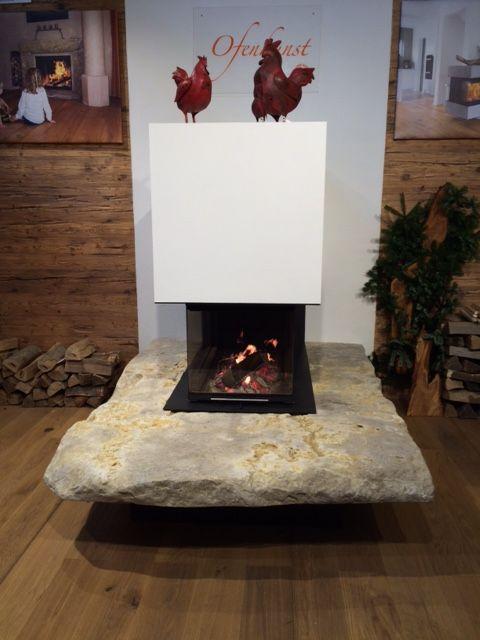 Moderner Heizkamin mit einer Wachenzeller Dolomit Natursteinbank - deko ofen wohnzimmer
